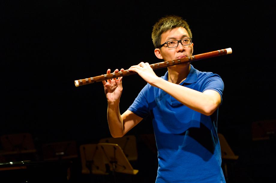 Tan Qin Lun, Dizi, Chinese musical instrument, Dingyi Music Company, Singapore, Musician