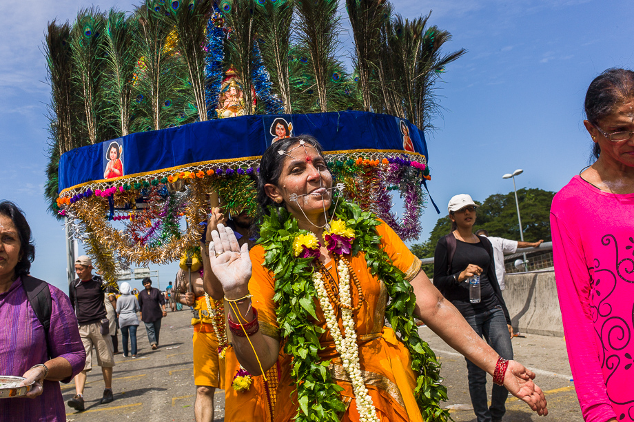 devotee, batu cave, piercing, Thaipusam, 2015, Malaysia, Leica, Summilux, Jamie Chan, No Foreign Lands, Travel