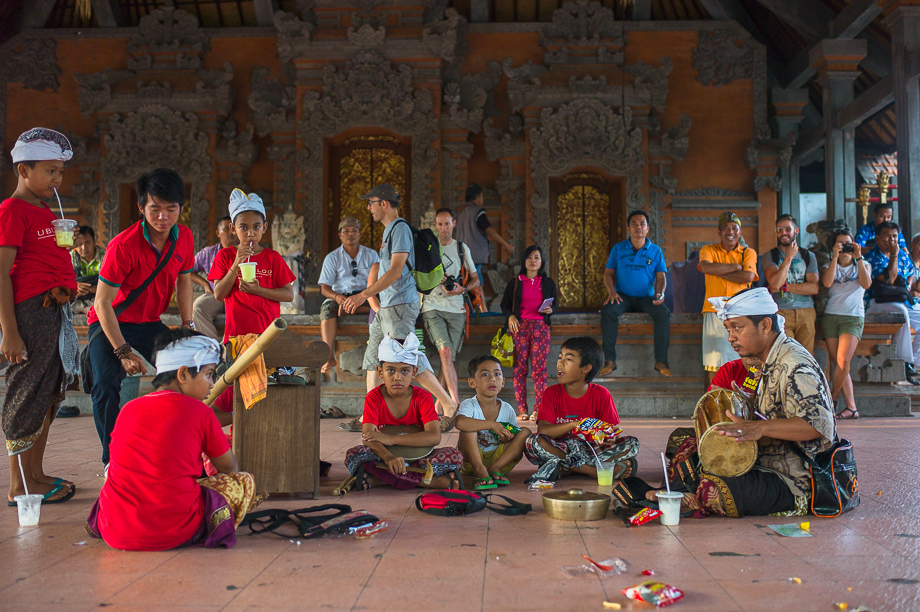 Barong Boys, Ubud, Bali, Jamie Chan, Leica, Travel, photography, Temple, Dance, Tradition, No Foreign Lands, practising, gamelan, Museum Puri Lukisan