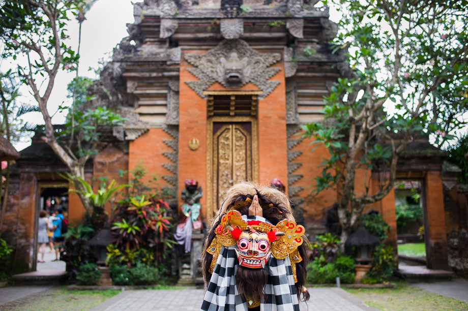 Barong Boys, Ubud, Bali, Jamie Chan, Leica, Travel, photography, Temple, Dance, Tradition, No Foreign Lands